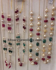 Simple Beads Sets in 18 Carat Gold - Jewellery Designs Gold Chain Design, Gold Jewellery Design, Bead Jewellery, Beaded Jewelry, Jewellery Shops, India Jewelry, Temple Jewellery, Pearl Jewelry, Silver Jewelry