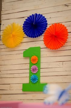 Annika's Rainbow Themed Party – Stage