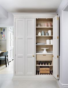 We own 8 kitchen showroom locations, each of which showcases our luxury kitchens within stunning room-sets. Find your local Martin Moore kitchen showroom here Hallway Storage, Tall Cabinet Storage, Martin Moore Kitchens, Kitchen Showroom, Handmade Kitchens, Larder, Fulham, Stone Flooring, Luxury Kitchens