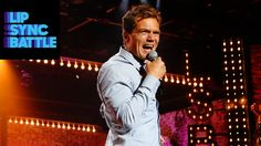 """Michael Shannon performs the Pixies' """"Here Comes Your Man"""" 