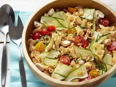 Garden Pasta Salad with Bocconcini; going to 'try this dish' today
