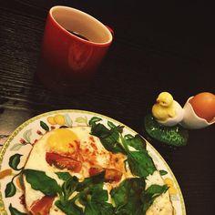 Cafe da manhã de hoje foram ovinhos com espinafre 🍳 e abobora