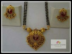 Gold Mangalsutra Designs, Gold Earrings Designs, Gold Designs, Gold Pendent, Beaded Jewelry, Gold Jewellery, Silver Jewelry, India Jewelry, Jewelry Patterns