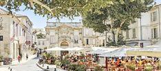 Voyage en Provence - FMR Blog Voyage - Visite en Luberon Provence, Grand Canyon, Saint Saturnin, Le Colorado, Reportage Photo, Le Palais, Blog Voyage, Street View, Indoor Courtyard