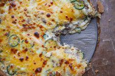 Cheeseburgarpaj med jalapenos Pizza, Cheese, Food, Essen, Meals, Yemek, Eten