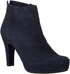 Blue Unisa Ankle Boots http://www.omoda.nl/dames/laarzen/enkellaarsjes/unisa/blauwe-unisa-enkellaarsjes-nancer-49598.html