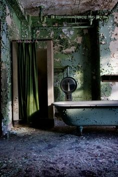Oceanic; Norwich State Hospital © opacity.us