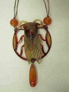 "Ожерелье ""Цикада"", примерно 1900 г. / Horn Cicade Necklace ca.1900"