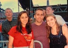 Taylor Swift's dad (Scott Swift) photo bombing people at Taylor Swift's concert!!!