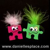 Monster Magnet or Pin Puzzle Piece Craft for Kids from www.daniellesplace.com Puzzle Piece Crafts, Puzzle Art, Puzzle Pieces, Hat Crafts, Crafts To Make, Crafts For Kids, Craft Kids, Girl Scout Swap, Girl Scouts