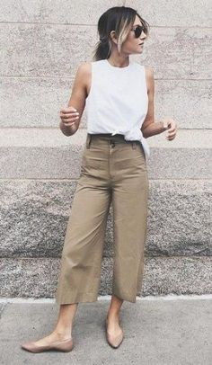 Fashion In, Fashion Outfits, Office Fashion, Curvy Fashion, Fashion Boots, Street Fashion, Sneakers Fashion, Retro Fashion, Fashion Ideas