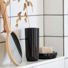Buy Zone Denmark Suii Toothbrush Mug Slim Now at Dotmaison. Quality designer homewares & Free UK delivery over Japanese Minimalism, Soap Dispensers, Bathroom Collections, Toilet Brush, Danish Design, Denmark, Taupe, Household, Dish