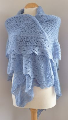 I wanted a shawl which could be used for a baby boy AND his mother! I have combined Shetland lace stitch patterns to give a useful shawl which is both elegant and warm, and which is not too lacy to be used for a boy. Knit Or Crochet, Lace Knitting, Crochet Shawl, Crochet Vests, Crochet Cape, Crochet Edgings, Crochet Motif, Easy Crochet, Free Crochet