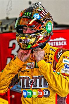 Kyle Busch gets ready for practice in Daytona opening weekend 2013