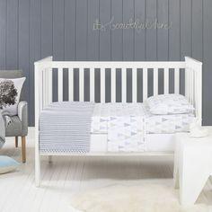 Jensen cot sheet set in blue
