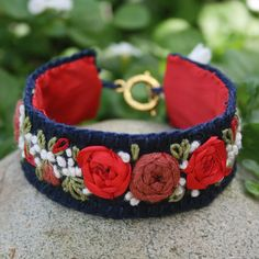 Embroidery Alphabets Bracelets Embroidered Bracelet - Red Rose Garland on Felt Felt Bracelet, Denim Bracelet, Embroidery Bracelets, Silk Ribbon Embroidery, Jewelry Crafts, Jewelry Art, Handmade Jewelry, Textile Jewelry, Fabric Jewelry