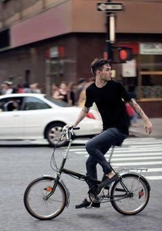 streetstyle #Tee, denim  #bike that cool!