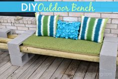 Isn't this clever? DIY Outdoor Bench from the amazing @7onashoestring !