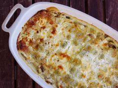 Gratin de ravioles fondant (lardon, chèvre et crème) - Recette de cuisine Marmiton : une recette