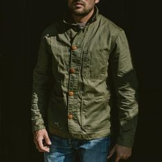 Our good friends over at Taylor Stitch have announced the perfect Autumn garment - the Ojai Jacket, their take on the iconic French workwear jacket. The stylish jacket is made with Japanese cotton, a material that ages beautifully over time. Mens Spring Jackets, Taylor Stitch, Canvas Jacket, Japanese Hairstyle, Summer Jacket, Stylish Jackets, Gentleman Style, Fashion Details, Vintage Men