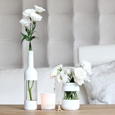 Cool painting ideas for DIY glass vases - cool painting idea for DIY vase in wh. - El yapımı ev dekorasyonu - Cool painting ideas for DIY glass vases – cool painting idea for DIY vase in white – - Diy Simple, Easy Diy, Cool Diy, Diy Upcycled Planters, Upcycled Crafts, Upcycled Garden, Bottles And Jars, Empty Bottles, Glass Jars