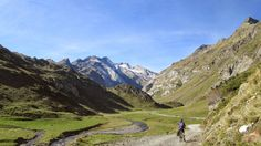 Cycling in the Beautiful Vallee d'Ossoue from Gavarnie - French Pyrenees