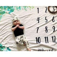 Baby Items For Dog Lovers (@monofaces) • Instagram photos and videos Newborn Gifts, Dog Gifts, Baby Items, Baby Shower Gifts, Cat Lovers, Dog Cat, Pregnancy, Gift Ideas, Photo And Video