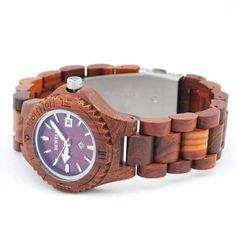 Ons houten horloge Etosha is een heel natuurlijke vrouwenmodel. De subtiele maar toch stoere klok in combinatie met het gebruik van red sandle wood in alle elementen van dit horloge zorgen voor een horloge met een unieke uitstraling! Naast de looks wordt dit horloge ook gekenmerkt door comfort, vanwege het geringe gewicht en de perfecte afwerking.  http://www.looyenwood.nl/product/houten-horloge-etosha/