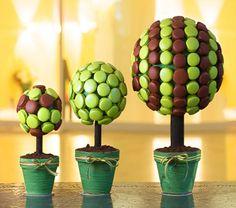 Macaron Topiaries...cute!