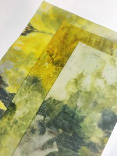 These beautiful tie dye beeswax wraps are an all natural and eco-friendly alternative to plastic wrap and baggies. Each wraps is handmade using locally sourced beeswax, and they are great to help keep food fresh, pack your lunch, and help you live a more sustainable, no waste lifestyle. #beeswaxwraps #beeswaxproducts #ecofriendly #sustainablelifestyle #plasticalternative Easy Meditation, Meditation Practices, Snack To Go, Bees Wax Wraps, Plastic Alternatives, Mindfulness Activities, Plastic Wrap, Mindful Eating, Food Fresh