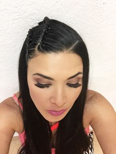 Maquillaje de @Nancylvs Trenzas de @tania8422 Natural Hair Care, Natural Hair Styles, Beautiful Braids, Little Girl Hairstyles, Hair Looks, Afro, Hair Color, Hair Beauty, Hair Accessories