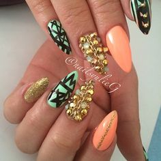Peach and Mint Gold Junk Almond Stiletto Nail Art @nailsyulieg