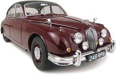 Jaguar Mark 2 : Inspector Morse's car