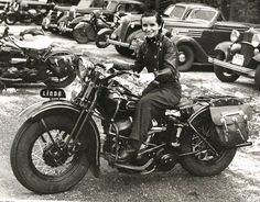Old Motorcycle Pictures - dc Classic Cycles