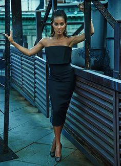Jada Pinkett Smith Shows Of Her Super Style  Victoria Beckham in Net-A-Porter's The Edit