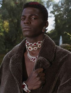 Evandro Laurens at New Generation Model Management photographed by Peggy Kuiper and styled by Pascal-Joël Weber with pieces from Louis Vuitton, in exclusive for Fucking Young! Black Pics, Pretty People, Beautiful People, Look Fashion, Mens Fashion, Quirky Fashion, Portrait Photography, Fashion Photography, Afro Punk