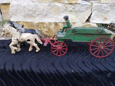 Horse Wagon, Horse Drawn Wagon, Antique Metal, Rare Antique, Cast Iron, It Cast, Metal Toys, Old Tools, Baby Elephant
