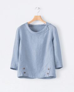 """Sewing Animals Image of Round collar linen top """"Adding personality to a favorite pair of jeans by sewing leather patches on them in the shapes of letters, animals and oth Blouse Styles, Blouse Designs, Fashion Mode, Fashion Outfits, Western Tops, Linen Blouse, Indian Designer Wear, Linen Dresses, Sewing Clothes"""