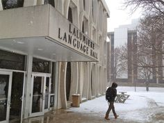 Nieve, neige, neve, schnee… it all means snow at Lalumiere Language Hall.
