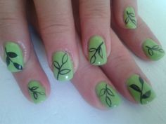 summery stylized leaf pattern by Andrea