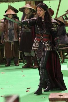 Behind the scenes of 2x11 Once Upon a Time. (Mulan scene) Green screen.