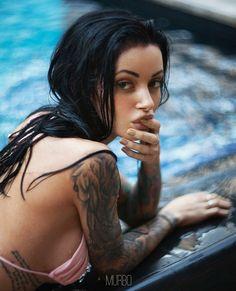 , Sexy Tattoos, Girl Tattoos, Russian Beauty, Old Models, Gotham City, Inked Girls, Pin Up, Peach, Wonder Woman