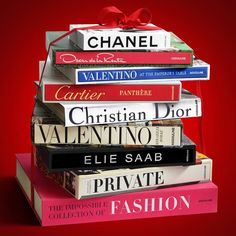 Assouline Holiday Gift Set: Fashion Wardrobe Gift Set Available in our store and webshop www. Coffee Table Styling, Coffee Table Books, Christmas Gifts For Girls, Christmas Gift Guide, Fashion Documentaries, Assouline, Inspirational Books, Fashion Books, Elie Saab