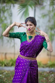 Dark Violet and Green Kanchi saree Pattu Saree Blouse Designs, Half Saree Designs, Bridal Blouse Designs, Designer Silk Sarees, Indian Designer Wear, Sr1, Saree Models, Elegant Saree, Saree Look