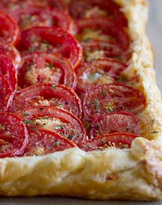10 Savory Tarts That Make Awesome Appetizers | http://homemaderecipes.com/10-savory-tarts/
