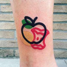 Деконструктивные тату: когда татуировка разбирается на контур и цветные пятна