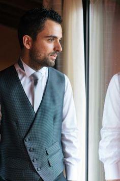 David + Georgina - groom preparation | Marta Favro wedding photography martafavro.com