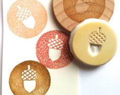 gerbera rubber stamps. flower hand carved rubber stamp. leaf