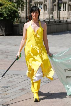 For Paris Haute Couture the Dutch fashion design duo Schueller de Waal teams up with Pik Pik Environnement to present its first Collaborative Cleaning Initiative named 'Litter', supported by the city of Paris. Haute Couture Paris, Cleaning Uniform, French Online, Collection Couture, Leftover Fabric, Young Designers, Fashion Show, Fashion Design, Mannequins
