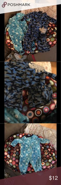 2 baby sleepers🍼🍼🍼🍼🍼 0-3 months so so soft blue & gray by child of mine & all blue is by small wonder 0-3 months small wonder One Pieces
